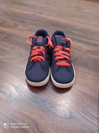 Nowe Buty adidas NEO 33,5