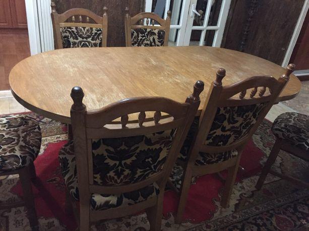 Продам стол и комплект стульев