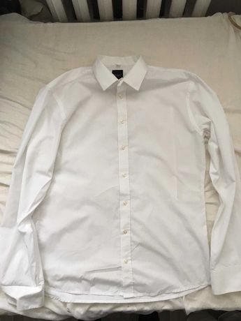 Biała koszula garniturowa