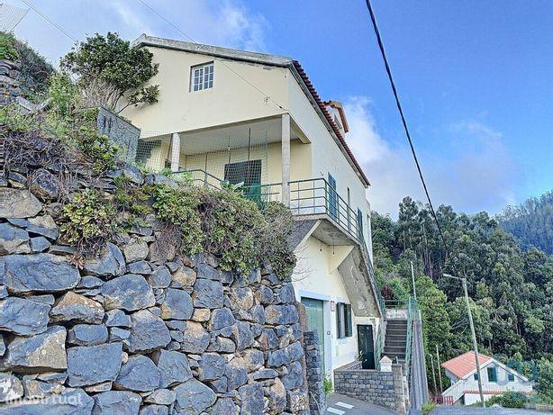 Moradia - 429 m² - T3