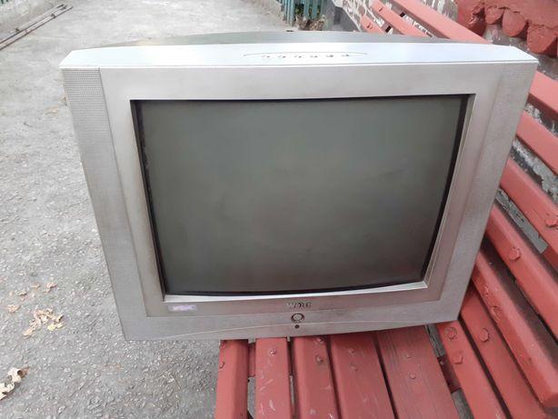 Віддам безкоштовно телевізор на запчастини