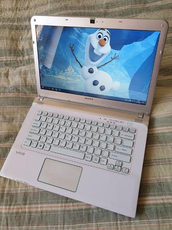 sony vaio biały elegancki laptop dysk ssd klawiatura podświetlana