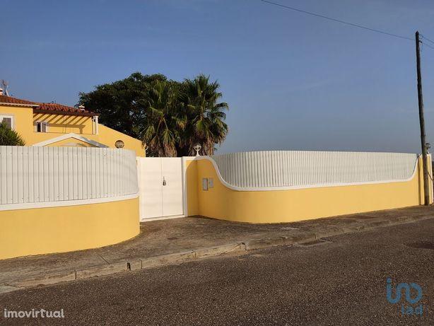 Moradia - 1500 m² - T6