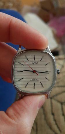 Редкие советские кварцевые часы Чайка