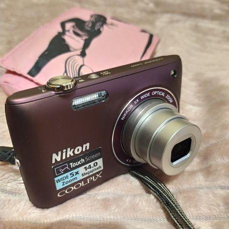 Фотоапарат Nikon Coolpix s4100