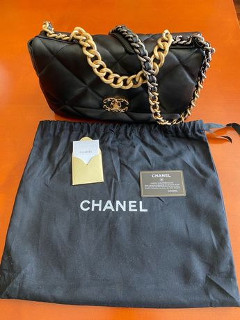 Mala Chanel 19 pele verdadeira