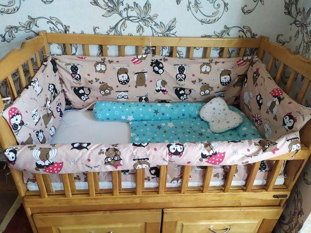 Дитяче  ліжечко з шухлядами з Дубу