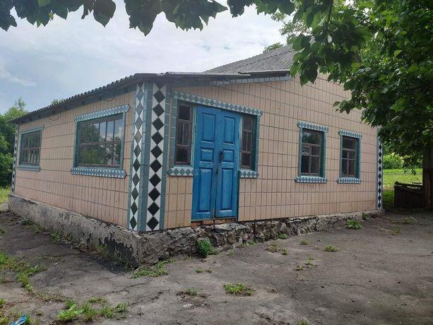 Продам хату в смт Новоаранельск!