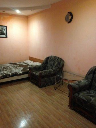 аренда двух комнатной квартиры на еврейской