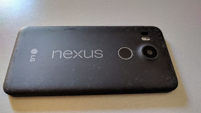 LG Nexus 5x - 16gb (carbon black)
