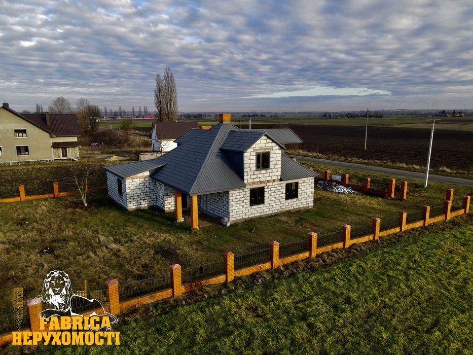 Будинок у передмісті Луцька (с.Липляни) Липляны - изображение 1