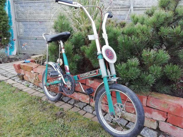 Zabytkowy rowerek (rower) dziecięcy