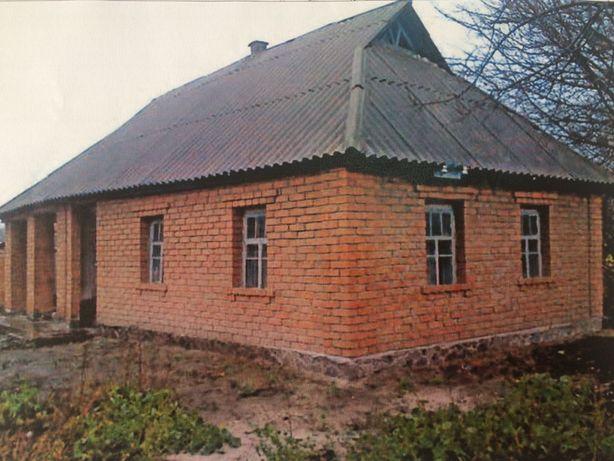 Продажа большого земельного участка с домиком, рядом с пгт. Рокитное