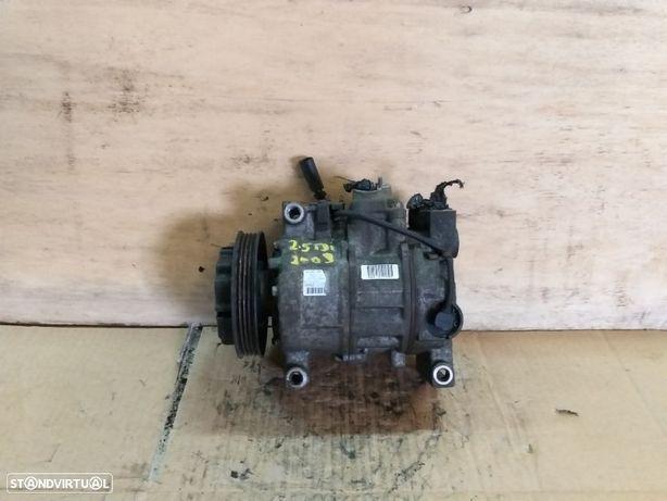 Compressor ar condicionado Audi A6 C5 AllRoad 2.5 TDi - 2003 - 6SEU12C