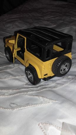 jipe Lande Rover novo 4x4 de balanço
