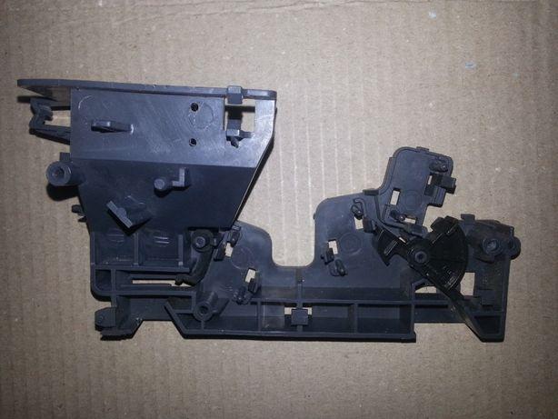 Держатель микропереключателей (замок двери) микроволновки Daewoo KOC-9