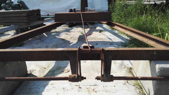 Traktorek Dzik - przyczepa - podwozie