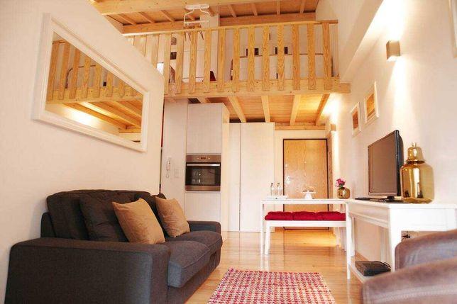 Loft com 2 quartos e 3 camas (mobilado e equipado)