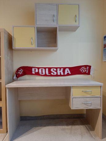 Biurko z dwiema półkami-szafkami - wykonane przez stolarza