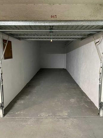 Arrendo Garagem/Box Queluz c\22m