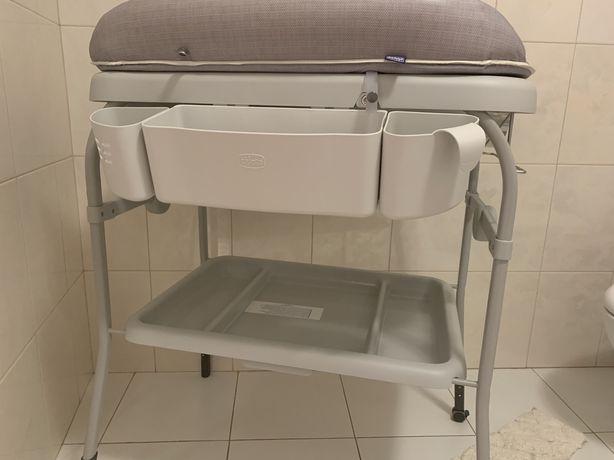 Пеленальний столик з ванночкою