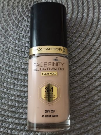 Max Factor Facefinity 3w1 40 Light Ivory podkład