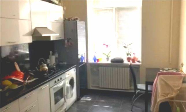 Продам 1 ком квартиру в центре с ремонтом