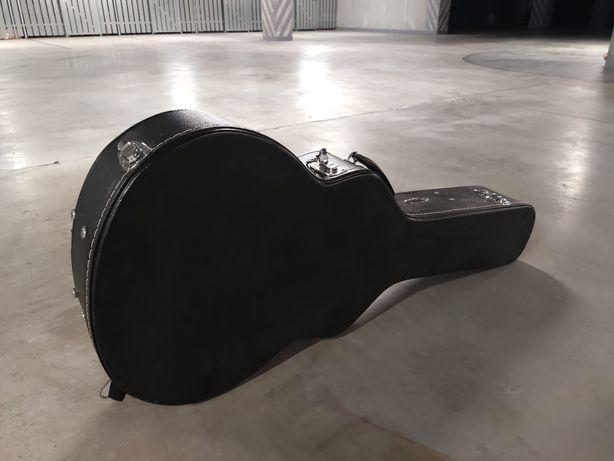 Case na gitarę akustyczną