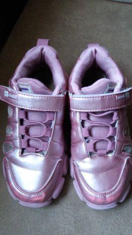 Крассовки розовые для девочки