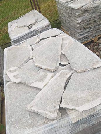 Kamień naturalny gnejs duży szary ,, na dziko ''