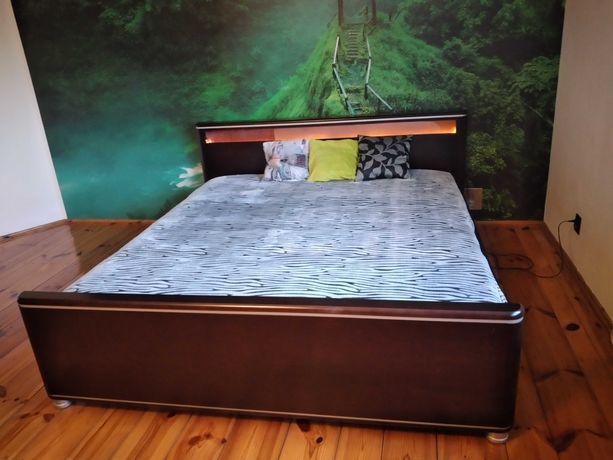 podświetlane łóżko sypialniane + szafki nocne