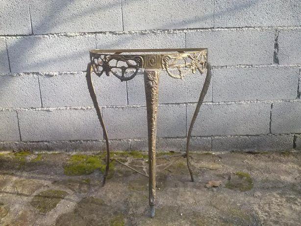 estrutura de mesa em bronze