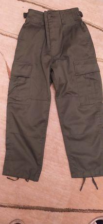 Spodnie mundurowe harcerskie 134