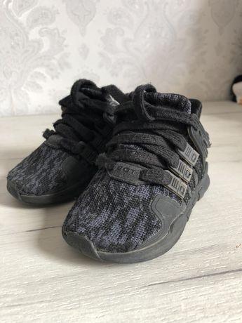 Детские кроссовки Adidas оригинал , стелька 12 см