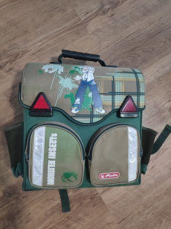 Рюкзак шкільний каркасний (потребує ремонту)