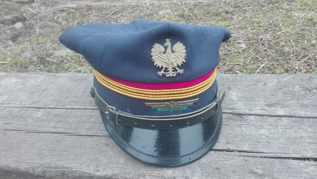 Historyczna czapka PKP. Lata 90-te