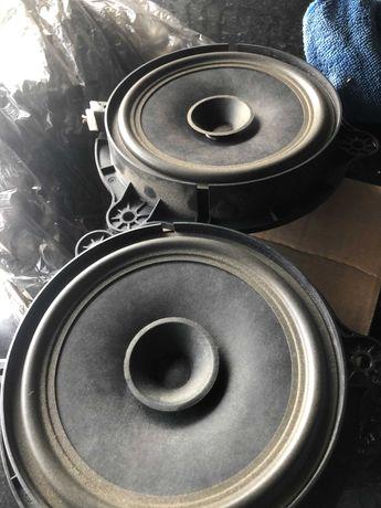 Głośniki Nissan Qashqai para przednie