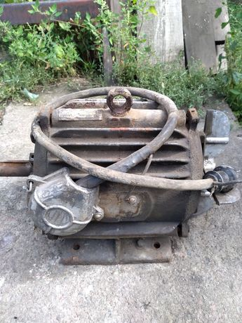 Продам електродвигун 3кв