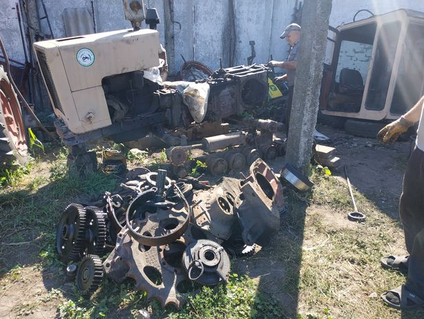 Разборка запчасти трактор т70