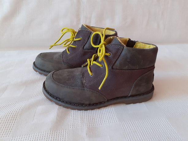 Ugg ботинки черевики сапоги р. 28 ст. 18 см