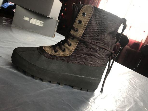adidas Yeezy 950 Kenye West