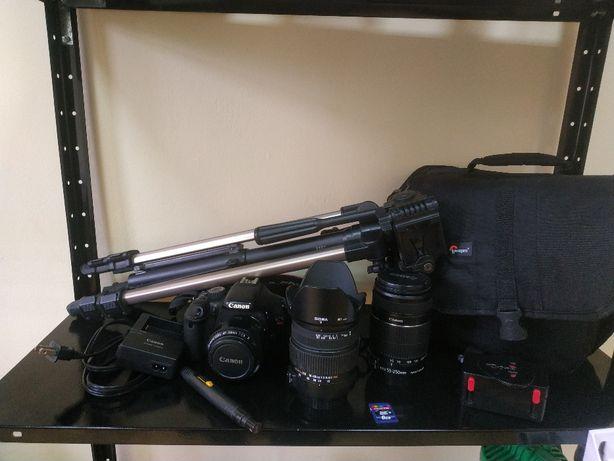 Фотоапарат Canon rebel t2i + 3 об'єктива, штатив, сумка, із США