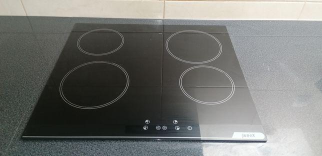 Placa vitrocerâmica e forno elétrico de encastre