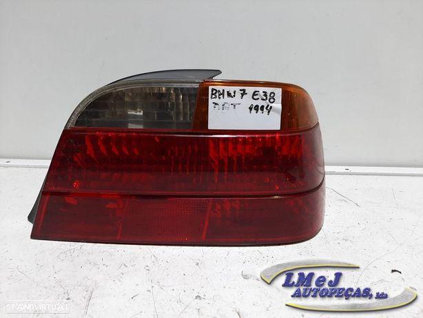 Farolim Dto Usado BMW/7 (E38) REF. 8379114