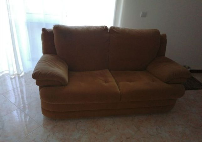 1 sofá + 1 sofá cama