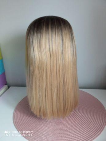 Peruka front lace średni blond ombre