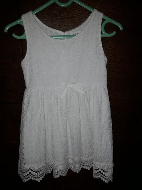 Sukienka H&M koronkowa, ecru, r. 98-104