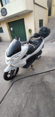 Honda PCX 1 Dono 33.000 kilm, /Outra mota 125c,c Com Revisão Porto