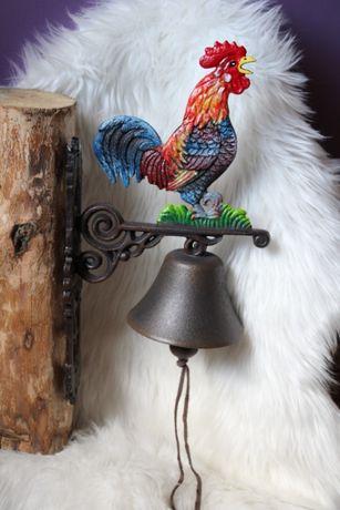 Żeliwny dzwon dzwonek kolorowy kogut ozdoba dekoracja ogrodowa