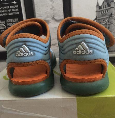 Sandałki Adidas r. 23